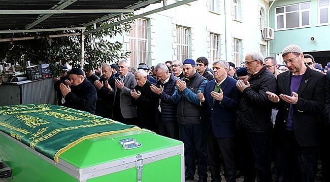 Aziz Öğütlü'nün acılı günü babası vefat etti