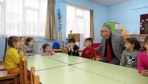 Başkan Yılmazer'den Minik Öğrencilere Ziyaret