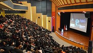 Özgüven için Yurtdışı Eğitimi Çok Önemli