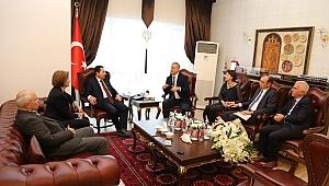 Sakarya Abhaz Derneği'nden Sakarya Valisi İrfan Balkanoğlu'na ziyaret