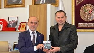 Sakaryaspor 50. Yıl Marşı şehre güç katmaya devam ediyor...