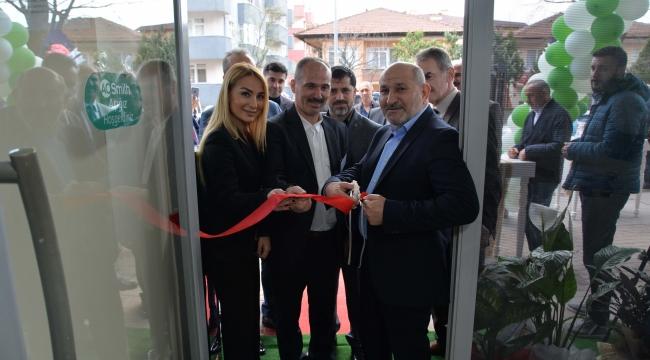 AO Smith'in yeni şubesi Bir Water Hendek'te açıldı