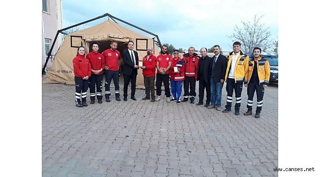 Azez'deki Sağlık Tesisinde Görev Yapan Türk Ekibini Ziyaret