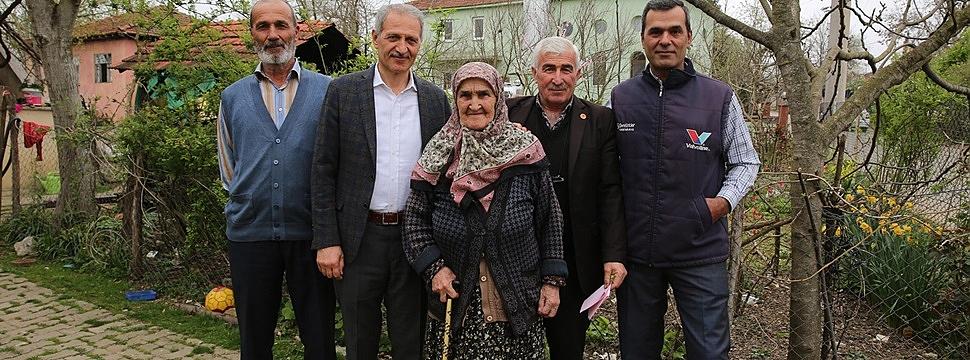 """Başkan Dişli'den """"Yaşlılar Gününde Anlamlı ziyaret"""""""