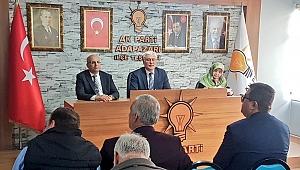 Adapazarı mahalle başkanları toplandı
