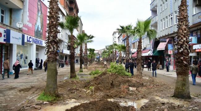 """""""Karasu Atatürk Bulvarı Yeni Yüzüne Kavuşuyor"""""""