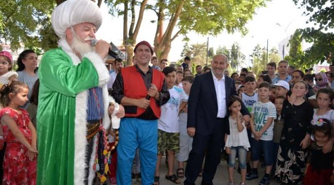 Hendek Belediye Başkanı İrfan Püsküllü: Çocuklarımız Bayramı bilmeli ve anlamalı