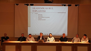İlahiyat Fakültesi'nde Akademik Kurul Toplantısı ve İftar Programı Düzenlendi