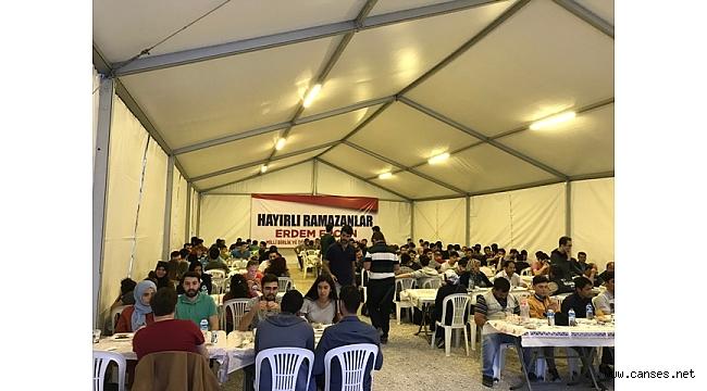 MBD'den 10 bin kişilik İftar Sofrası