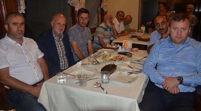 AK Parti'den teşekkür yemeği