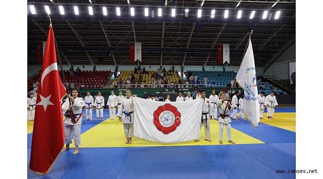 30 Ağustos Zafer Haftası Valilik Kupası Uluslararası Judo Turnuvası Kapanış Töreni Yapıldı