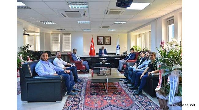Genç MÜSİAD, Sakarya Üniversitesi Rektörü Prof.Dr.Fatih SAVAŞAN'ı Ziyaret Etti.