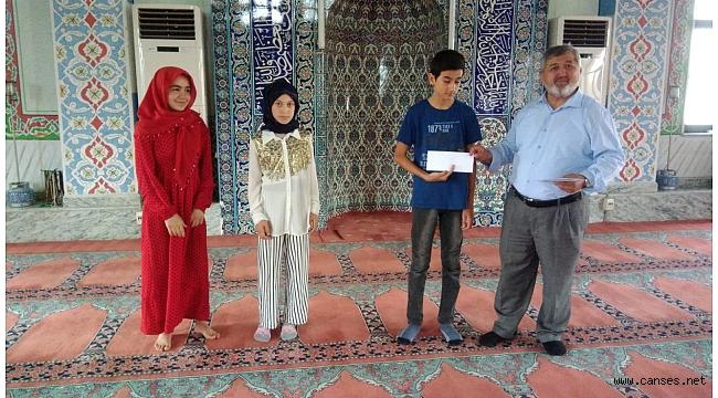 Zekiye Biler Kuran Kursun'da Dini Bilgiler Yarışması