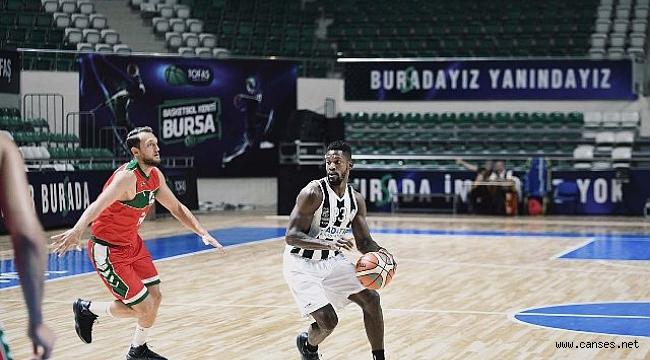 Adatıp Büyükşehir turnuvanın ilk maçını kazandı