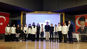 Adapazarı İmam Hatip Ortaokulu'nda 10 Kasım ATATÜRK'Ü anma töreni düzenlendi.