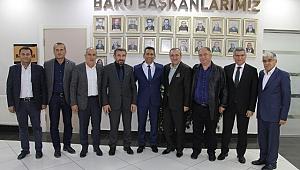 Hasan Demir Baro Başkanı Av. Abdurrahim BURAK'a hayırlı olsun ziyareti gerçekleştirdi