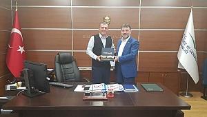 Mehmet Mesut GÖKDEMİR Nedim ARSAL Beye hayırlı olsun ziyaretinde bulundu.