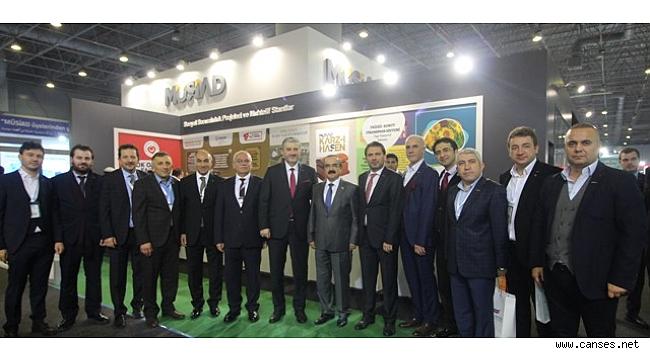 MÜSİAD 17. EXPO'da140 farklı ülkeden 7000'den fazla yatırımcı ve devlet adamı konuk edildi.