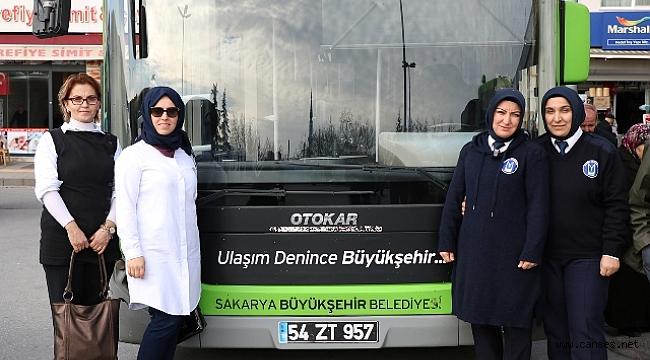 Büyükşehir'in kadın şoförleri direksiyon başında