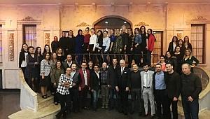 Halk Oyuncularından Birlik ve Beraberlik Gecesi