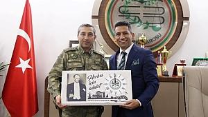 Komutanlardan Başkan Burak'a ziyaret