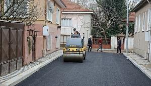 Kurtuluş Mahallesi'nde asfalt mesaisi