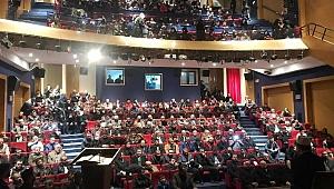 Yeniden Refah Partisi'nin temayülü salonları aşan izdihamla gerçekleşti