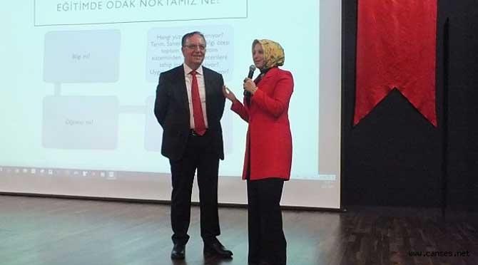 Prof.Dr. Servet Özdemir'den 2023 Eğitim Vizyonu Konferansı