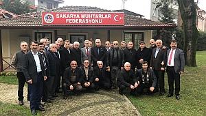 İYİ Partili Dr. Arslan, projelerini muhtarlara anlattı