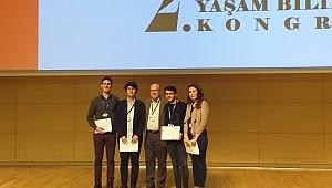 Tıp Fakültesi Öğrencilerine Poster Ödülü