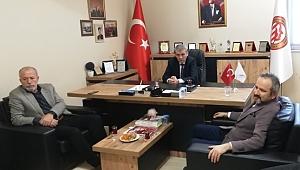 ZAFER KAZAN KUAFÖRLER ODASINI ZİYARET ETTİ