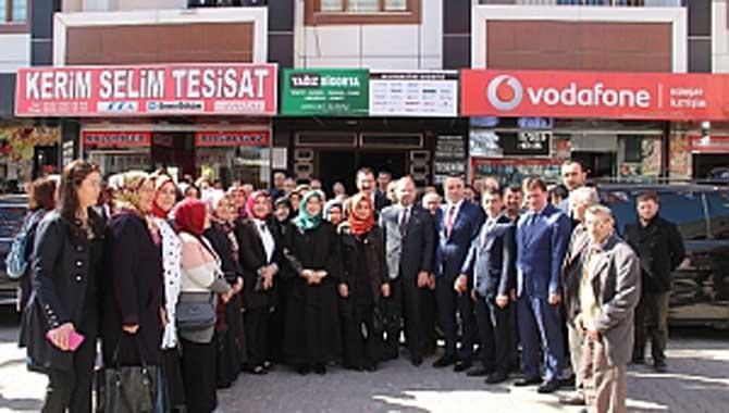 AK Parti'den Ferizli Çıkarması