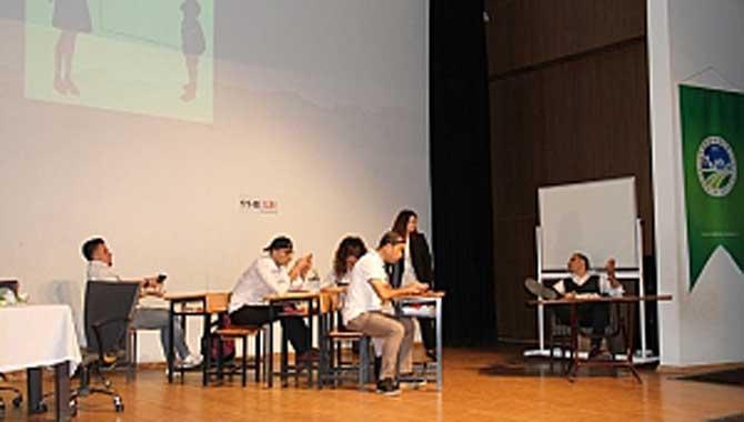 Akyazılı Öğretmenlerden Farkıma Var Tiyatrosu