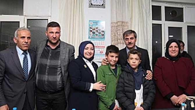 Başkan Alemdar'dan Sosyal Belediyeciliğe Örnek Projeler