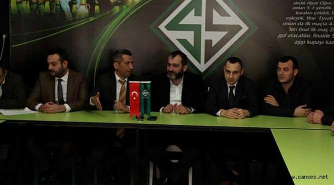 Başkan Burak: Göz Bebeğimiz Sakaryaspor'un Her Zaman Yanındayız