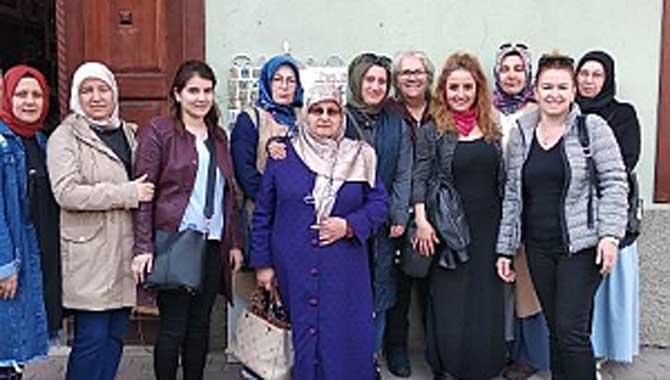 Çini kursiyerleri Bursa'da