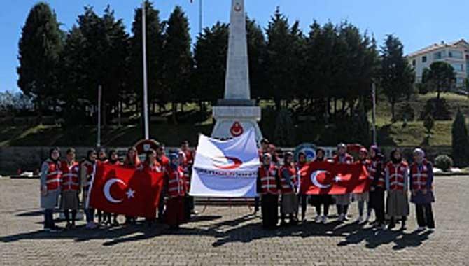 Gençler Çanakkale Şehitlerini Unutmadı