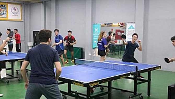 Masa Tenisinde Ödül Sevinci