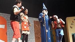 Sapanca'nın Çocukları Tiyatroda Buluştu