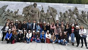 ÇYDD Sakarya 40 Öğrencisi Çanakkale'ye Gitti