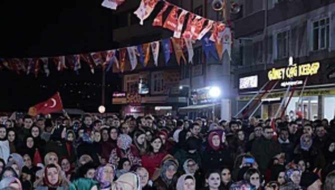 Seçim Yasaklarına Saatler Kala Serdivan'da Dev Miting
