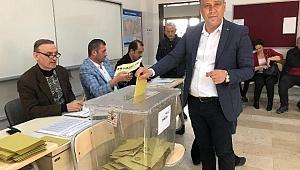 Seçimler Demokrasi Bayramıdır