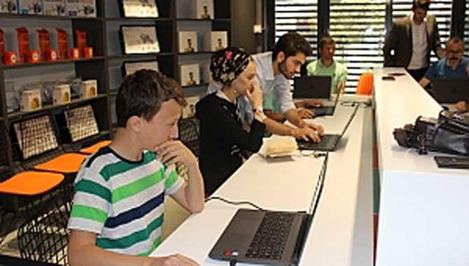 Geleceğin Dijital Dönüşüm Liderleri Sakarya'dan Yetişiyor