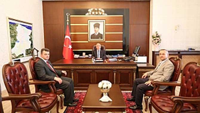 Karasu Belediye Başkanı Sarı'dan Vali Nayir'e Ziyaret