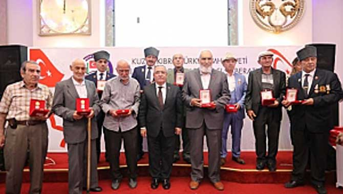 Kıbrıs Gazilerine Beratları ve Madalyaları İftar Programı İle Tevcih Edildi