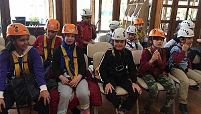 Mehmet Demir İlkokulu Öğrencileri Macerapark'ta Hem Eğlendiler Hem Öğrendiler