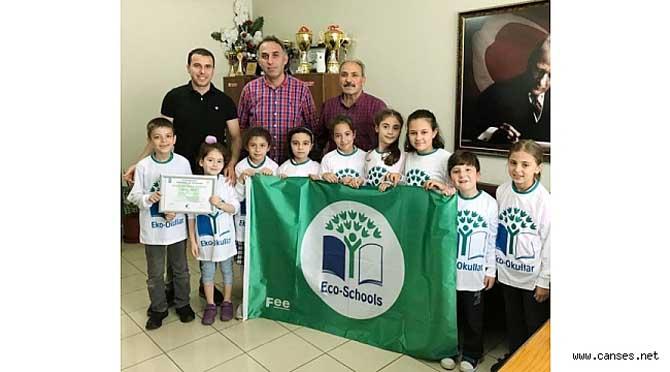 Şehit Ahmet Akyol İlkokulu Yeşil Bayrak Ödülünü Kazanarak Eko Okul Oldu