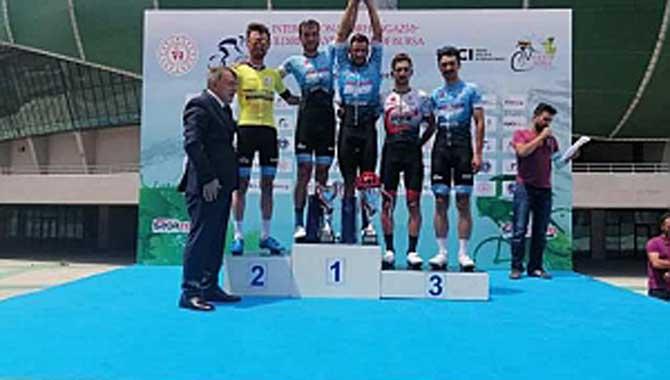 Bursa'da şampiyonluklar Büyükşehir'in