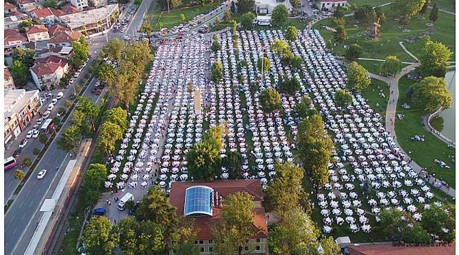 Gönül sofralarında on binler buluştu
