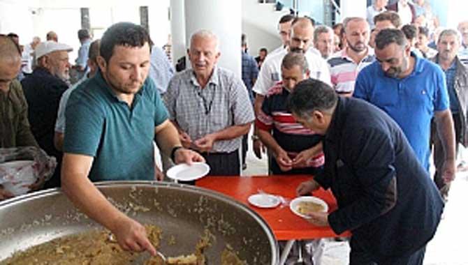 FERİZLİ'DE 15 TEMMUZ DEMOKRASİ VE MİLLİ BİRLİK GÜNÜ ANMA ETKİNLİKLERİ DÜZENLENDİ